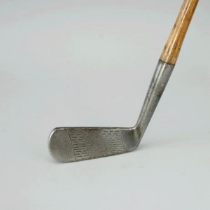 ori__699984903_1109164_Antique_hickory_golf_club,_Putter